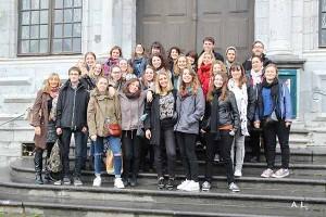 Les étudiants issus de l'option Métiers du livre et du patrimoine de deuxième année à Mons