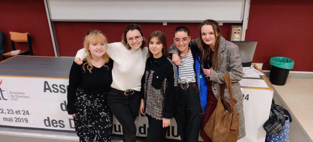 L'équipe MLP du Havre, pour le challenge MLP, composé de Lucie, Léa, Océanys, Jeanne, Emma